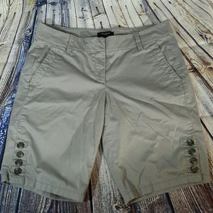 Ann Taylor Bermuda grey shorts